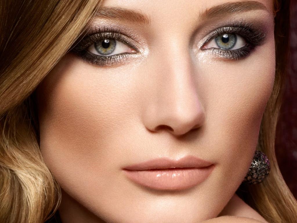 должны быть картинки макияжа серо зеленых глаз процесс