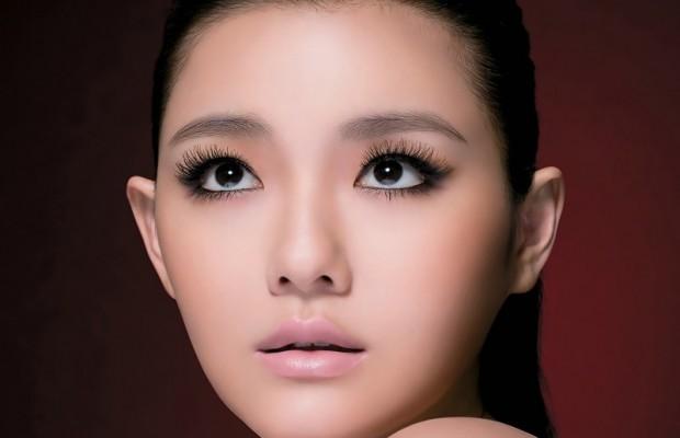 Как сделать глаза больше с помощью теней 28